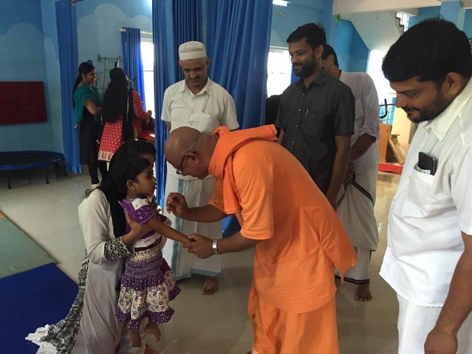 swami-apthalokananda-at-nest